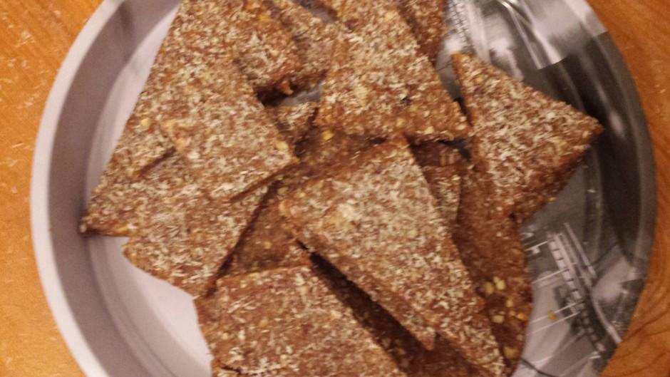 Délicieux snack sans sucre : «La pâte de dattes aux fruits secs»