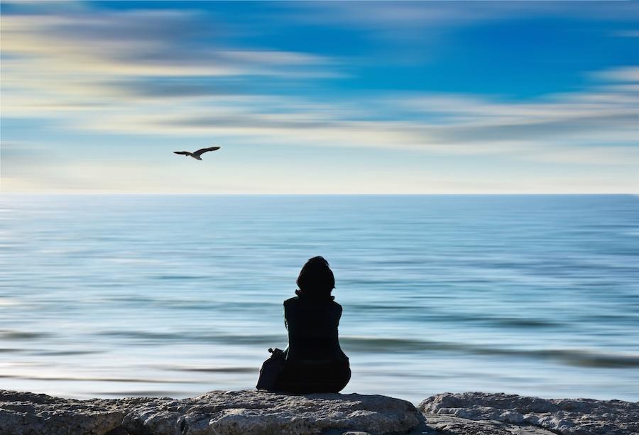 Comment apprendre à méditer facilement? 4 exercices pas-à-pas de méditation facile